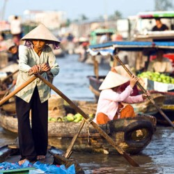 CAI BE: EXPLORE THE LOCAL EXPERIENCE OF FLOATING LIFE (PREMIUM TOUR SPEEDBOAT)
